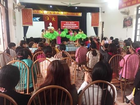 Tiét mục văn nghệ của hội viên phụ nữ xã Gia Hòa tại buổi Ra mắt Góc tư vấn